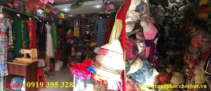 Cửa hàng cho thuê trang phục biểu diễn Hàng Xanh